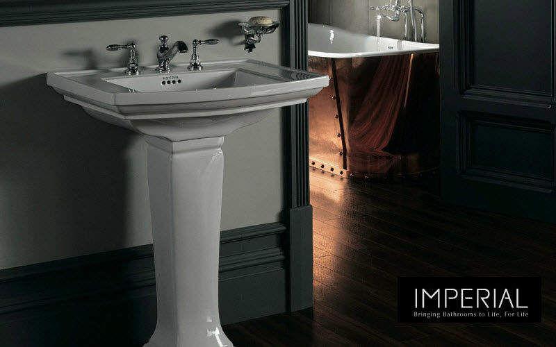 Imperial Bathrooms    Salle de bains   Classique