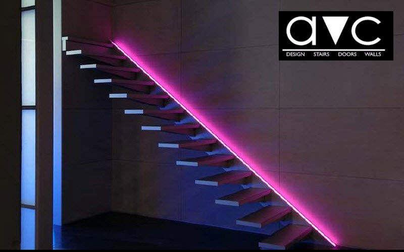Avc Escalier droit Escaliers Echelles Equipement  |