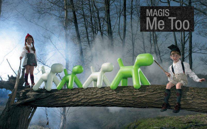 Magis  |