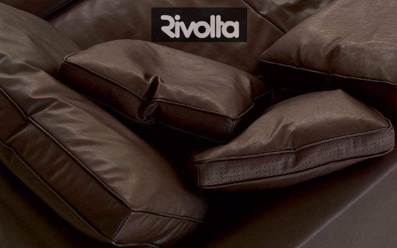 RIVOLTA     |