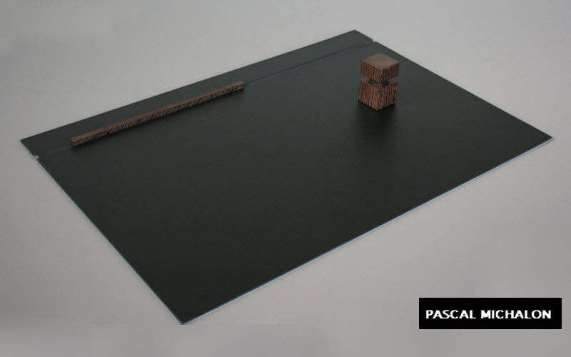 PASCAL MICHALON Sous-main Fournitures de bureau Papeterie Accessoires de bureau  |