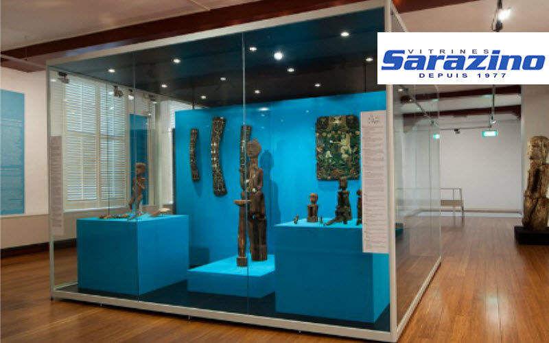 VITRINES SARAZINO Vitrine muséographique Vitrines à usage professionnel Tables & divers  |