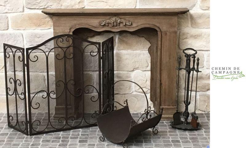 CHEMIN DE CAMPAGNE Ecran de cheminée Ecrans et pares-feu Cheminée   