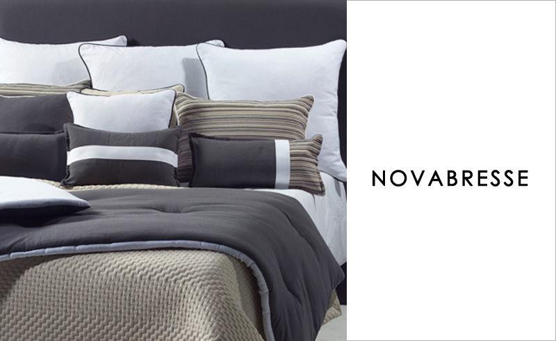 couvre lit couvre lits decofinder. Black Bedroom Furniture Sets. Home Design Ideas