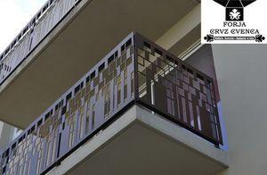 CRUZ CUENCA -  - Balcon