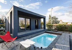 Courtyard Designs Pool house