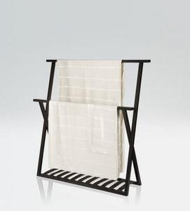 Porte-serviettes sur pied