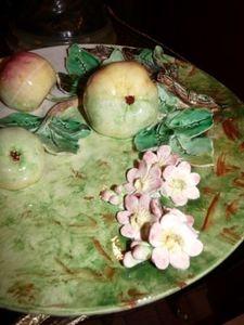 Art & Antiques - plat avec fruits - Assiette Décorative