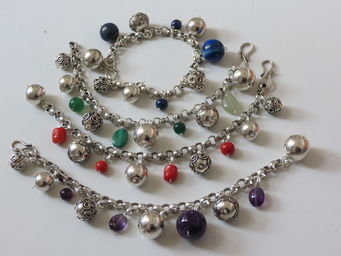 blili's -  - Bracelet