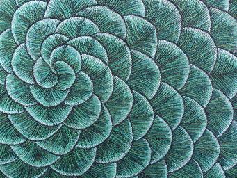 KARIN SAJO - fleur d'écaille - Tissu D'ameublement