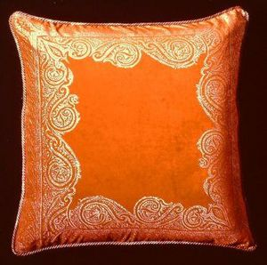 Andre du Dauphiné by Art & Decor -  - Coussin Carré