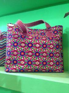 Handicrafts & Textiles International -  - Cabas