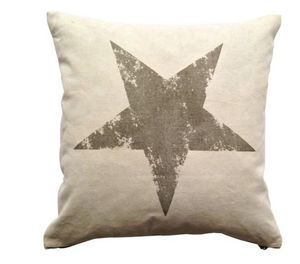 BYROOM - printed star - Coussin Carré