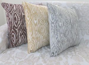 ITI  - Indian Textile Innovation - batic - Coussin Carr�