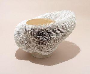 PIA MARIA RAEDER - anémone de mer--- - Table Basse Forme Originale
