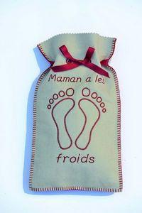 LES BOUILLOTTES DE BEA - maman a les pieds froids écru/rouge - Bouillotte