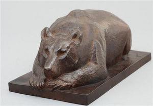 Galerie P. Dumonteil - ours couché - Sculpture Animalière