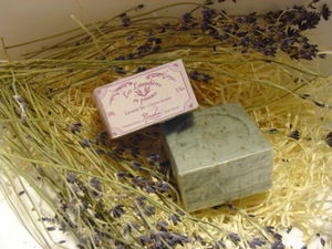 NICOLOSI CREATIONS -  - Savon Naturel