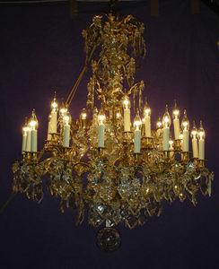 Philippe de Beauvais - lustre à 35 lumières (dont 6 internes) - Lustre
