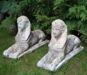 BARBARA ISRAEL GARDEN ANTIQUES - sphinxes - Sphinge