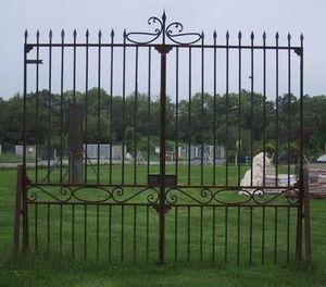 Authentic -  - Portail De Jardin