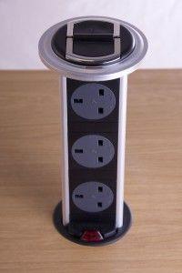 Broad Power Solutions - kitchen powerdock - 3 way black & silver with neon - Enceinte Acoustique