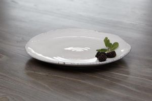 Kelly Hoppen - ruffled edge  - Assiette Plate