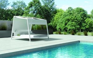 10 Deka B&N Contract Furniture -  - Lit D'ext�rieur