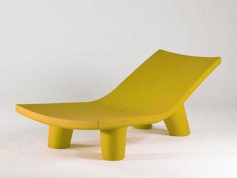 Mathi Design - chaise longue lowlita slide - Chaise De Jardin