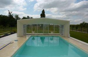 Abri de piscine haut coulissant ou télescopique