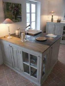 Une Maison A Nantes -  - Meuble De Cuisine (bas)