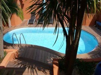 TEKABOIS - margelle bois pour piscine sur mesure - Margelle De Piscine