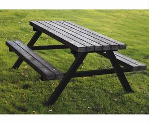 Endat Group - eastmoor recycled plastic picnic table - Table Pique Nique