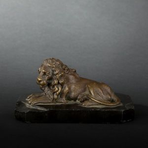 Expertissim - presse-papier figurant un lion en bronze, xixe siè - Sculpture Animalière