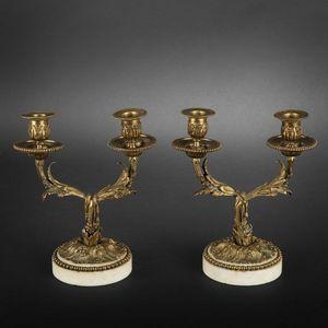 Expertissim - paire de flambeaux bas en bronze doré - Flambeau