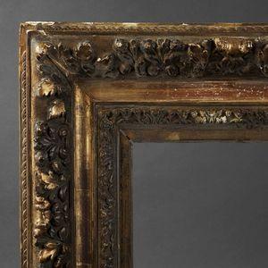Expertissim - cadre en bois et plâtre doré - Poupée