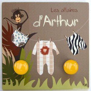 BABY SPHERE - portemanteau prénom amis de la jungle 24,5 x 24,5cm - Porte Manteau Enfant