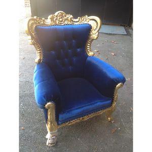 DECO PRIVE - fauteuil de style baroque velours et couleur or - Fauteuil