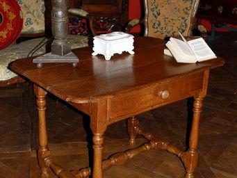 Antiquités Passion -  - Table Bureau