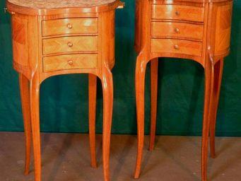 ANTIQUE GERMAIN - tables de chevet louis xv marqueterie - Table De Chevet