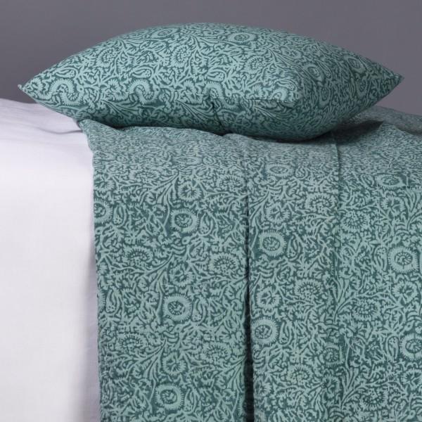 Elisa vert jet de lit blanc d 39 ivoire decofinder for Lit blanc d ivoire
