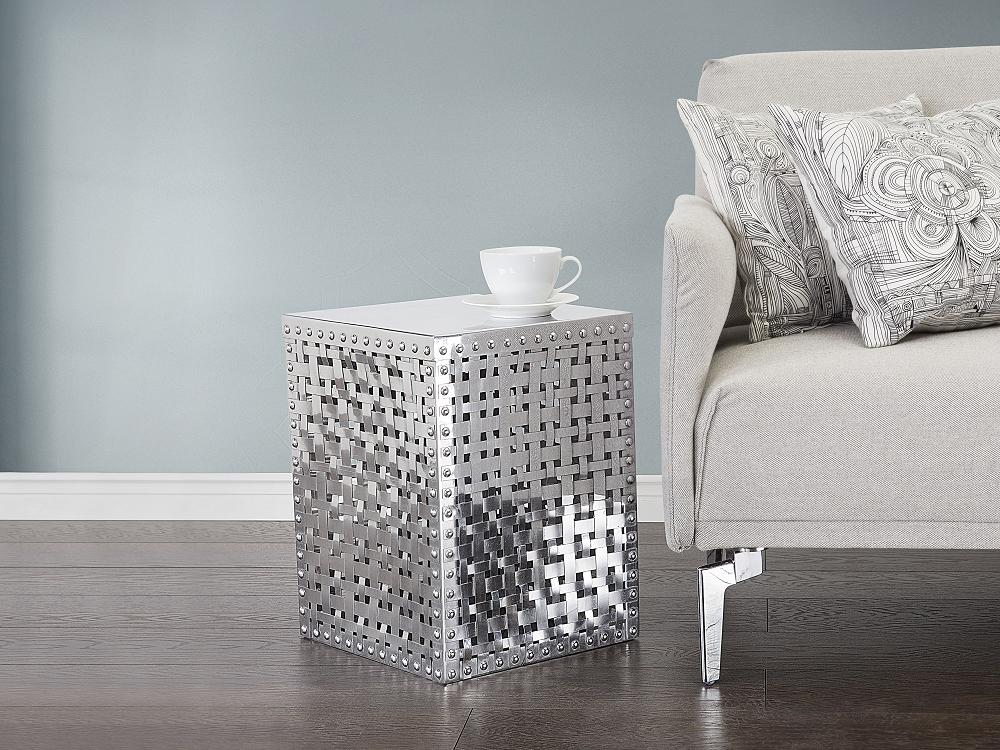 tables basses bout de canap aluminium 35x35x46 beliani. Black Bedroom Furniture Sets. Home Design Ideas