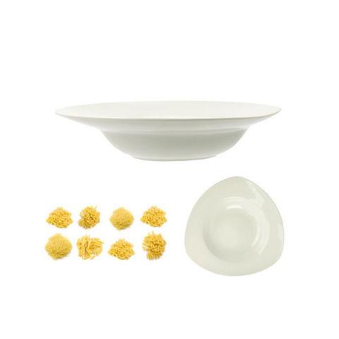 WHITE LABEL - Assiette à spaghetti-WHITE LABEL-Assiette pasta triangle en céramique