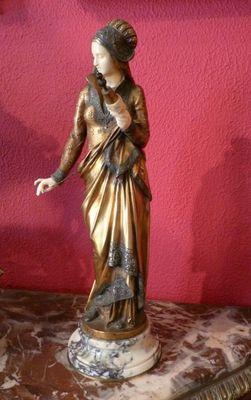 Art & Antiques - Chrys�l�phantine-Art & Antiques-Bronze Carrier-Belleuse