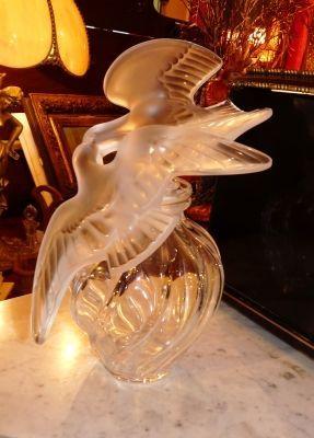 Art & Antiques - Sculpture-Art & Antiques-Lalique Flacon géant