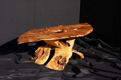 YANN RUBIELLA EBENISTE - Table basse ovale-YANN RUBIELLA EBENISTE