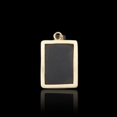 Expertissim - Pendentif-Expertissim-Pendentif en or orné d'un camée en sardoine