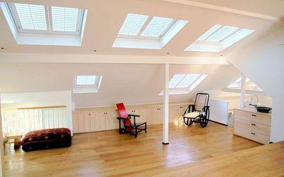 DECO SHUTTERS - Store fenêtre de toit (intérieur)-DECO SHUTTERS-Volets intérieurs pour fenêtres de toit