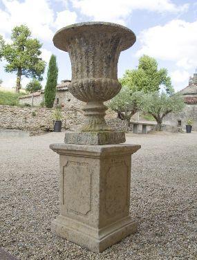 TERRES D'ALBINE - Vase Medicis-TERRES D'ALBINE-Vase Medicis cannelé