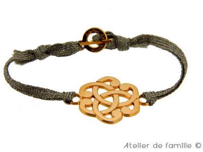 Atelier de Famille - Bracelet-Atelier de Famille-Bracelet arabesque sur cordon pailleté avec fermoi